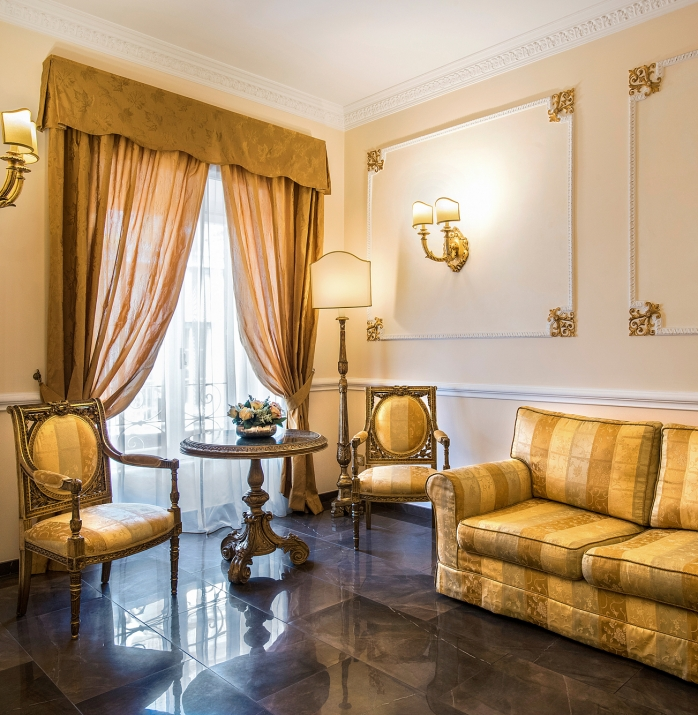 Piazza del Popolo Luxury Home
